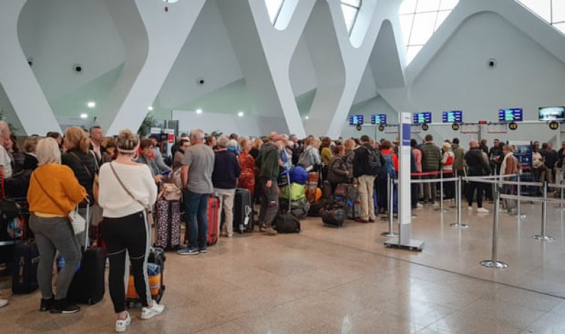 Business travel companies extend repatriation service to stranded holidaymakers
