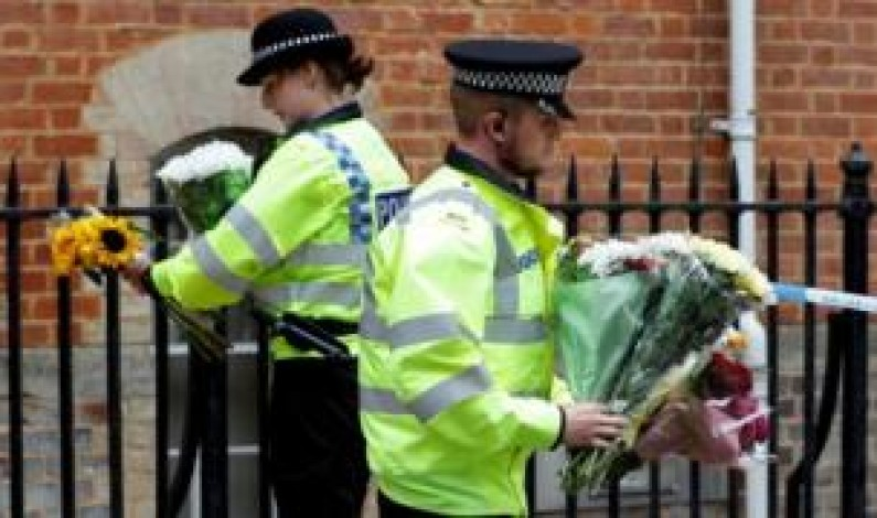 Reading stabbing attack: Minute's silence to be held for victims