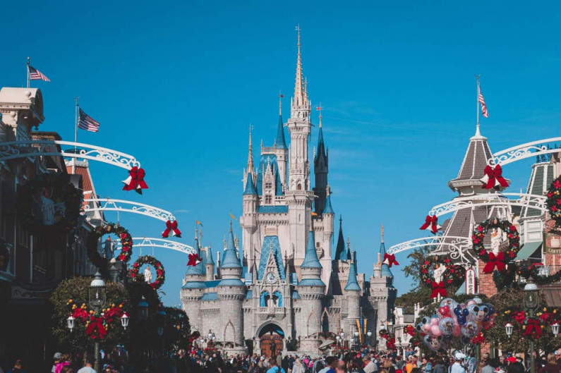 TUI cancels all UK flights to Florida over new Disney World restrictions